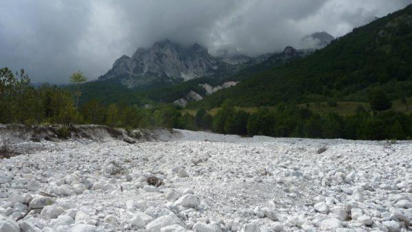 Valbona rivierbedding