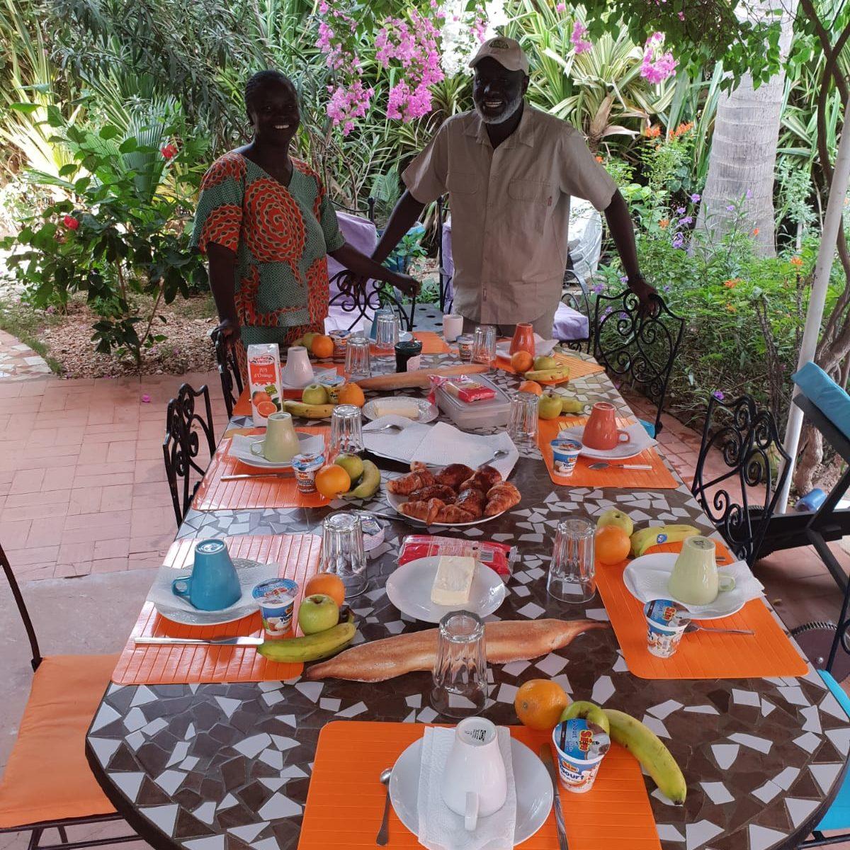 yogavakantie Senegal ontbijttafel bij de villa